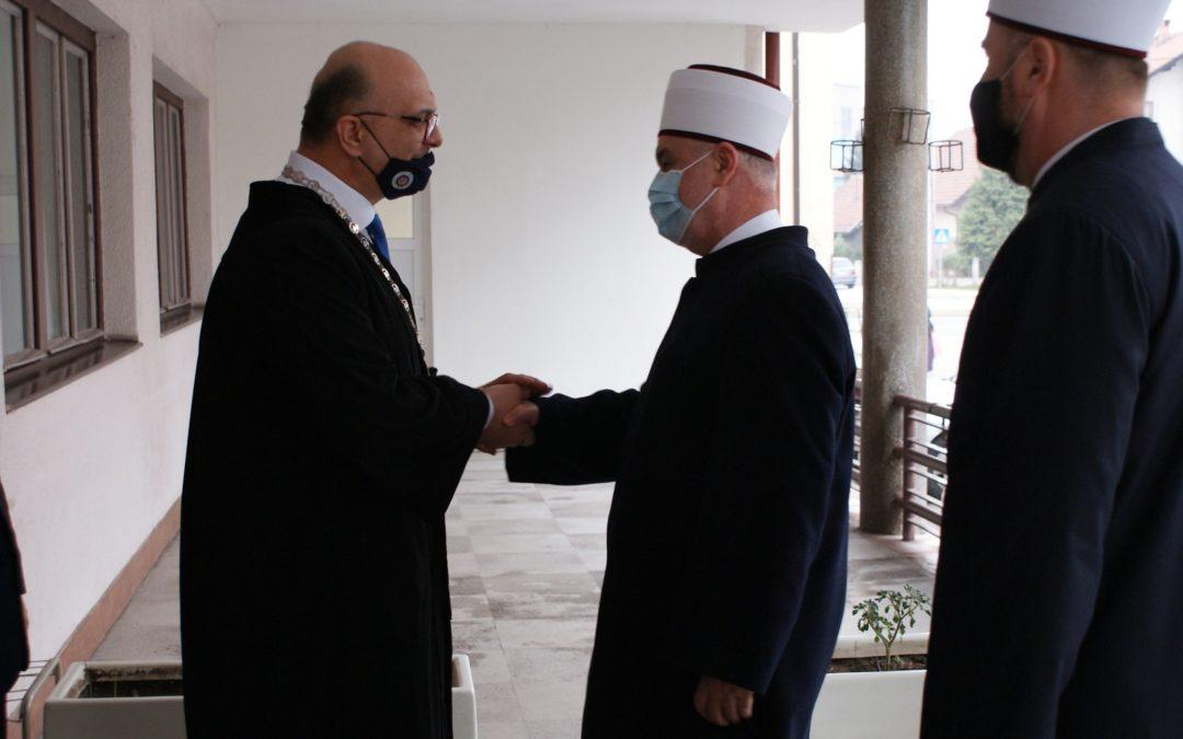 REISU-L-ULEMA U RADNOJ POSJETI ISLAMSKOM PEDAGOŠKOM FAKULTETU UNIVERZITETA U ZENICI